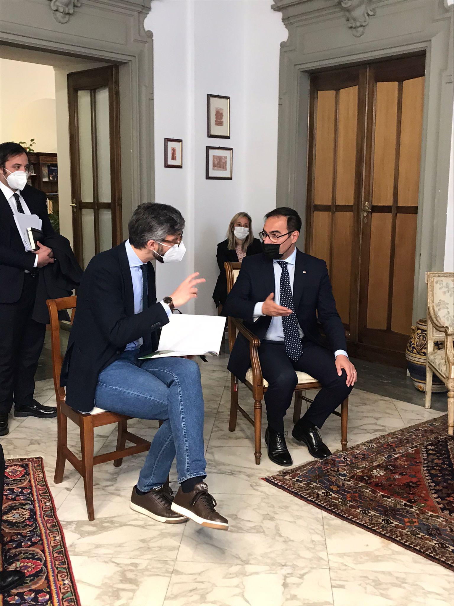 PUGGELLI INCONTRA IL SOTTOSEGRETARIO ALL'ISTRUZIONE  ....